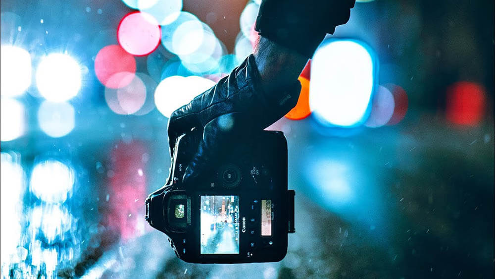 Tips Fotografi: Cara Dapatkan Hasil Foto Bagus Saat Malam Hari